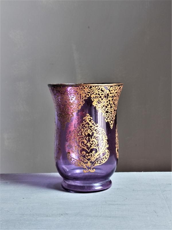 Damask pattern purple