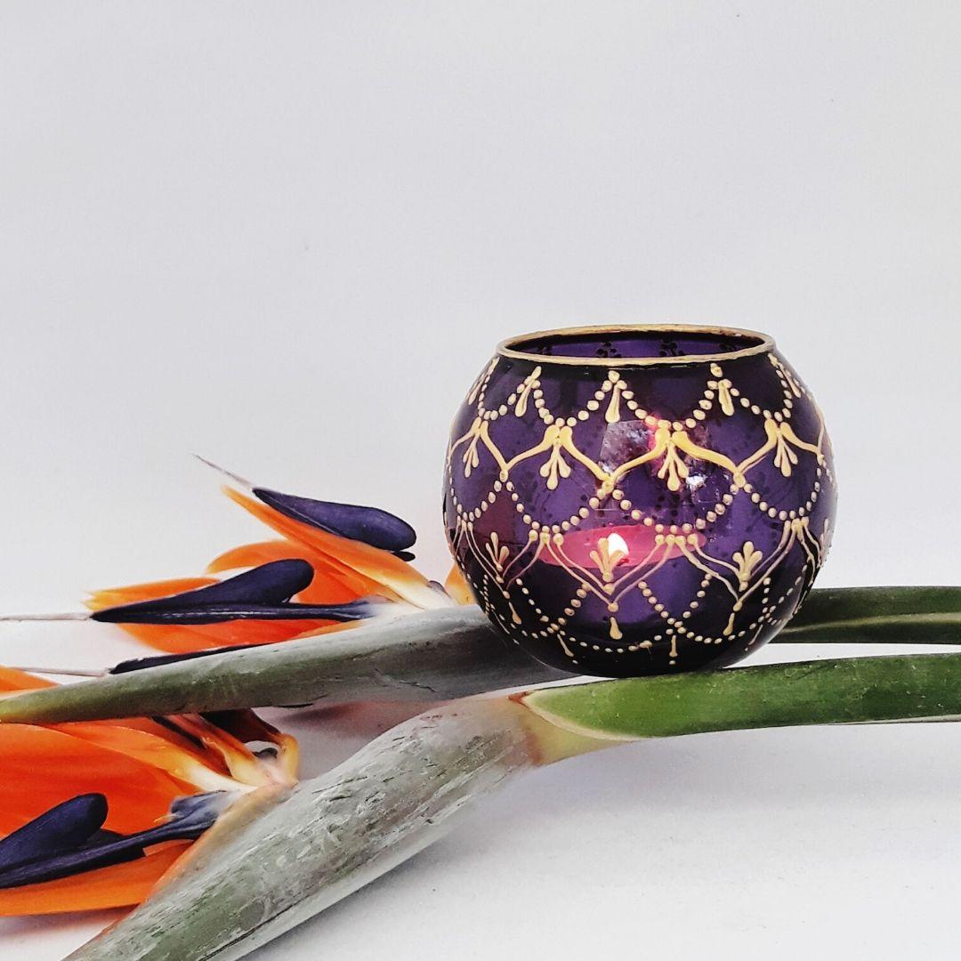 purple garland