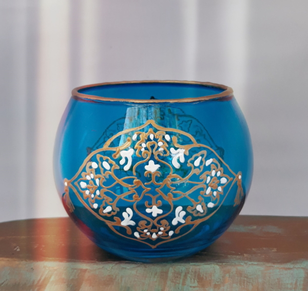 Azure round glass