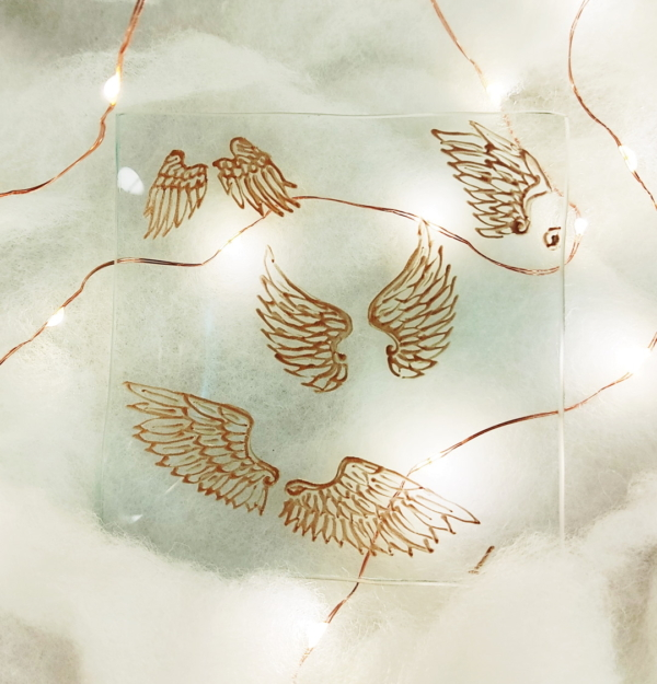 scattered angle wings bronze