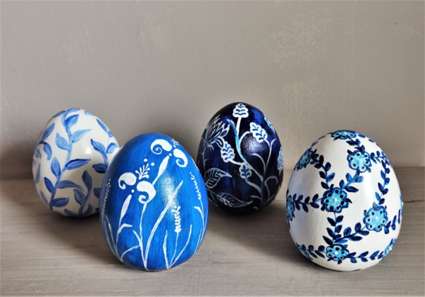 White & Blue Egg Collection